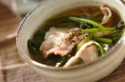 豚とホウレン草のスープ