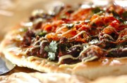 フライパンで牛肉のプルコギピザ