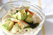 豆腐ドレッシングのアボカドサラダ