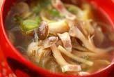 キノコの和風スープ