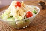 白菜と梨のゴマサラダ