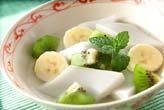 ココナッツ杏仁豆腐