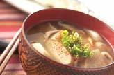 コロコロ小芋の豚汁