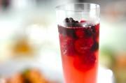 冷凍ベリーのスパークリングワイン