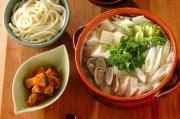 鶏ささ身とアサリのベトナム風鍋