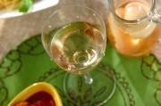 桃入り白ワイン