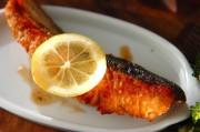 鮭のバターソテー
