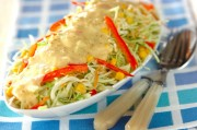 せん切り野菜のサラダ