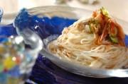 鶏ささ身と梅キュウリのゴマダレ素麺