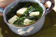豆腐と塩ワカメのスープ