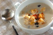 黒豆入りスープ