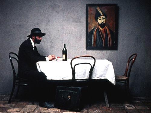 今週末見るべき映画「放浪の画家 ピロスマニ」