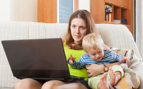 忙しい時に限って! 子どもの甘え、どう対処する?