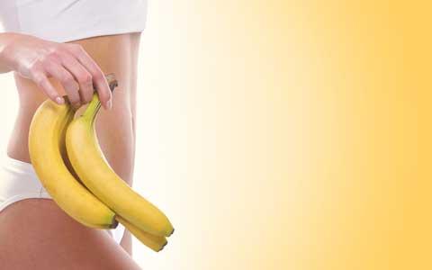 便秘にはヨーグルトよりもっとオススメの食材があった!? バナナを食べて「ポッコリお腹」を解消しては?