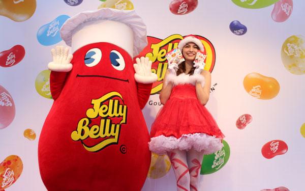 マギーも大好き! カラフルなゼリービーンズ「ジェリーベリー」でクリスマスを彩ろう