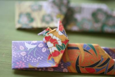 よくよく見ると鶴の折り紙に ... : 紙 入れ物 作り方 : すべての講義