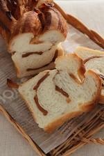 セミドライアップルとシナモンのねじりん食パン!