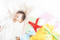 出産祝いのプレゼントっていくらがいい? みんなの相場まとめ