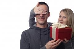 バレンタイン、夫にチョコレートあげますか? 妻の本音まとめ
