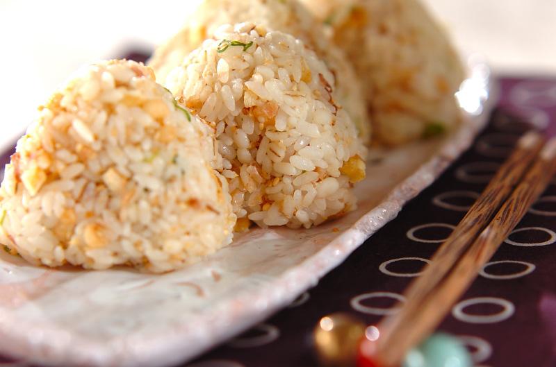 具だくさんおにぎり【E・レシピ】料理のプロが作る簡単レシピ ...