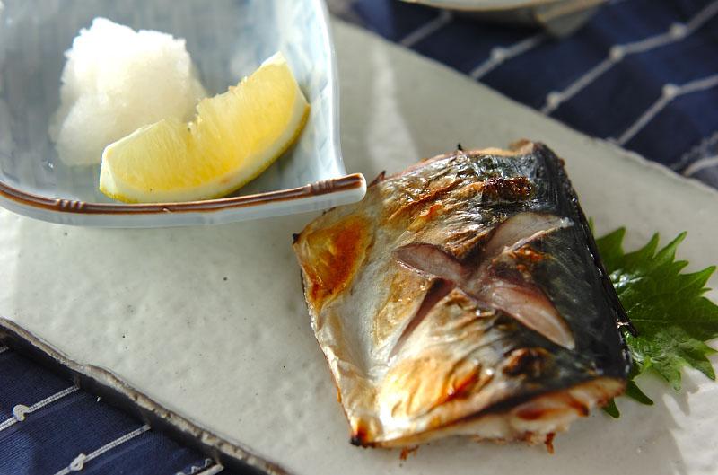 和食の定番、さば塩焼きのコツは?知ってると絶対役立つポイント紹介