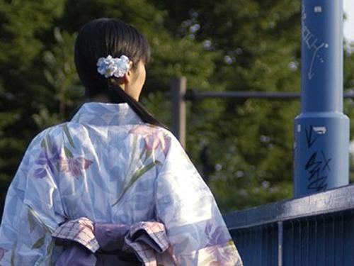 納涼美女2004