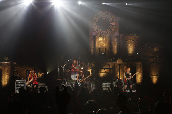 SCANDAL HALL TOUR 2012「Queens are trumps-Kirifuda wa Queen-」 - Page 3 6