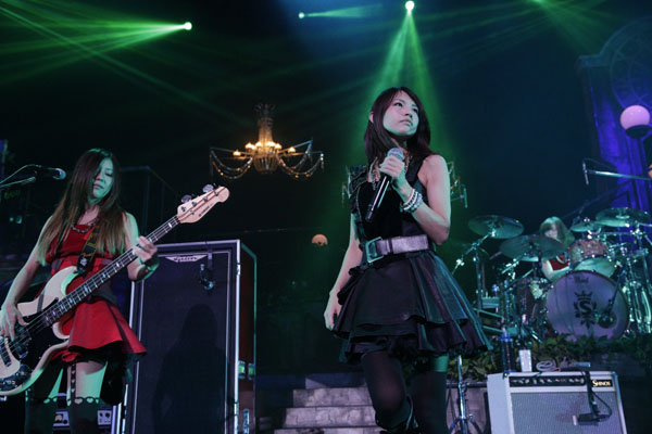 SCANDAL HALL TOUR 2012「Queens are trumps-Kirifuda wa Queen-」 - Page 3 7