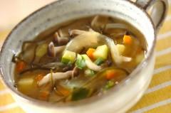 ニンジンと切り昆布のスープ煮