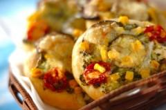 いろいろ夏野菜のパン