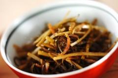 昆布とゴボウの煮物