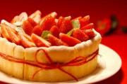 イチゴのシャルロット