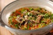 サンマとたっぷりゴボウの土鍋ご飯