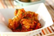鶏手羽とゴボウのトマトチーズ煮