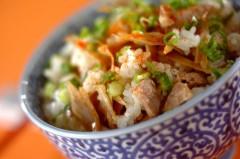 豚肉とゴボウの混ぜご飯