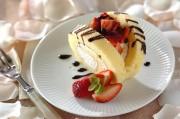 イチゴのデコロールケーキ
