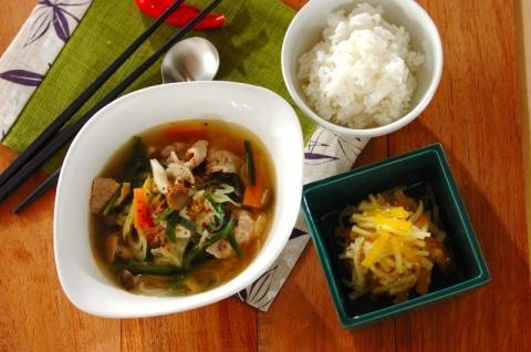 韓国風ピリ辛春雨スープの献立