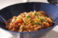 白インゲン豆と豚バラ肉の煮込み