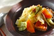 キャベツと揚げ天の煮物
