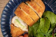 鶏むね肉とキャベツチーズチキンカツ