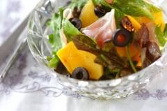 生ハムと柿のサラダ