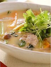 お魚団子スープ