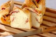 ベーコン&ペッパー食パン