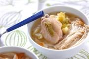 鶏肉とキャベツのスープ煮