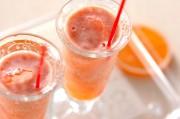 トマトオレンジジュース
