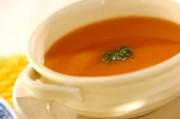 エビ風味のトマトスープ