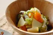 白菜とフルーツのサラダ