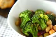 ブロッコリーと豆のサラダ