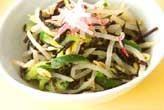 モヤシとヒジキのサラダ