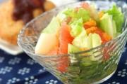 フルーツたっぷりサラダ